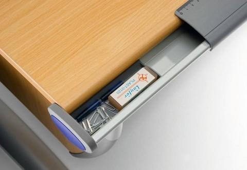 Парта-трансформер Runner Compact Удобный лоток для канцелярских товаров